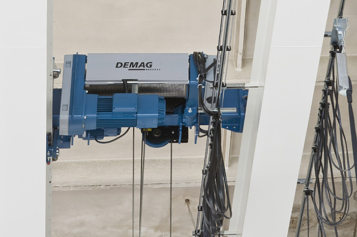 Double-girder overhead travelling crane 5 t – System DEMAG